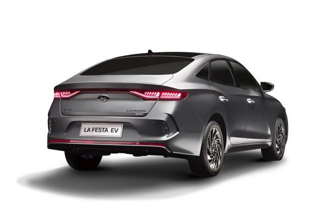 Hyundai-Elantra-EV